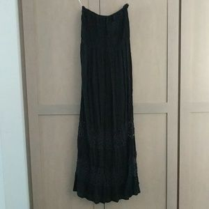 Wet seal maxi dress with crochet detail on bottom